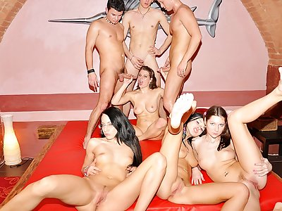 Extraordinaire school Double penetration soiree fuck-fest episode